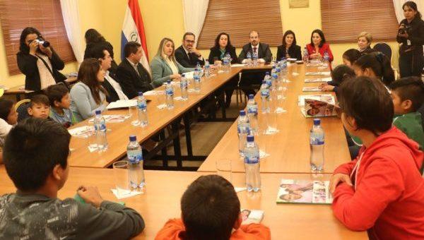 Paraguay presenta Rendición de Cuentas  sobre 20 Compromisos con la Infancia y Adolescencia