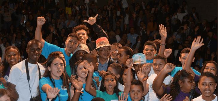 Encuentro de niños, niñas y adolescentes colombianos con los candidatos a la presidencia